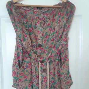 Romper with pockets!